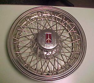 80 81 82 83 84 Olds Wire Spoke 98 Delta 88 Cruiser Hubcap Wheel Cover Vintage