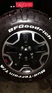 Jeep Wrangler Rubicon 10th Anniversary Wheels and Tires