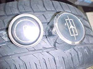 2 Olds SS1 Rally Wheel Center Caps 64 72 Cutlass 442 Hurst Olds F85 W30 W31