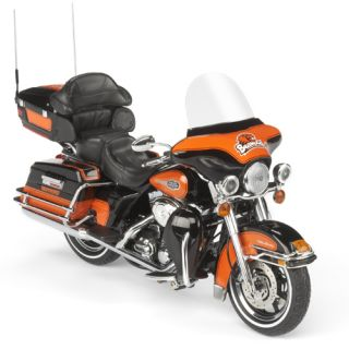 Oregon State Beavers Harley Davidson Diecast Motorcycle Model 1 12