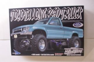 Toyota 4x4 Lifted Pickup Truck Aoshima 1 24 Model Kit Opened w Super Swampers