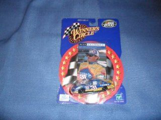 2000 NASCAR Winner's Circle . . . Mike Skinner #31 Lowe's Chevy Monte Carlo 1/64 Diecast . . . Includes Collector's Card Toys & Games