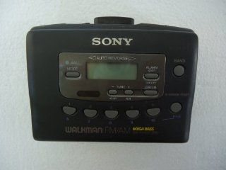 Sony Walkman WM FX403 FM/AM Radio & Cassette Player Electronics