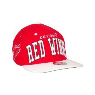 NHL Detroit Red Wings Super Star Snapback Cap, Scarlet Clothing