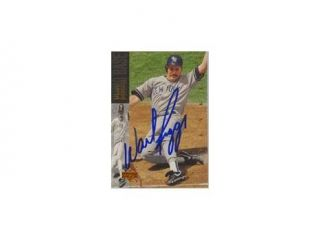 Wade Boggs, New York Yankees, 1994 Upper Deck Autographed Card